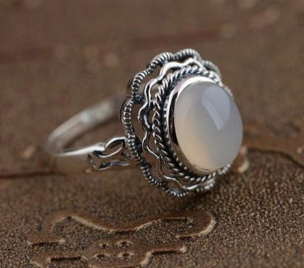 925 Sterling Silver Natural White Chalcedony Gemstone Ring