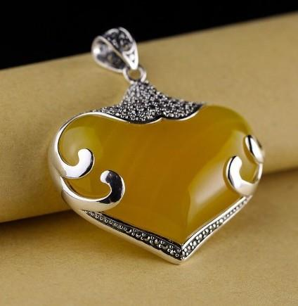 925 Sterling Silver Natural Yellow Chalcedony Heart Shaped Slide Pendant - Rutuli