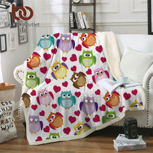 Load image into Gallery viewer, Cartoon Owls and Hearts Sherpa Blanket Throw Blanket for Kids