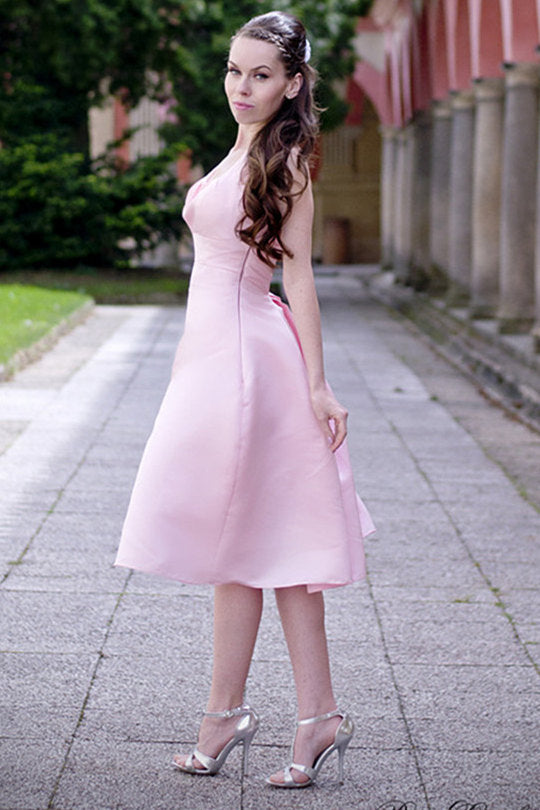 A-line Halter Round Collar Tea Length Chiffon Sleeveless Bridesmaid Dress