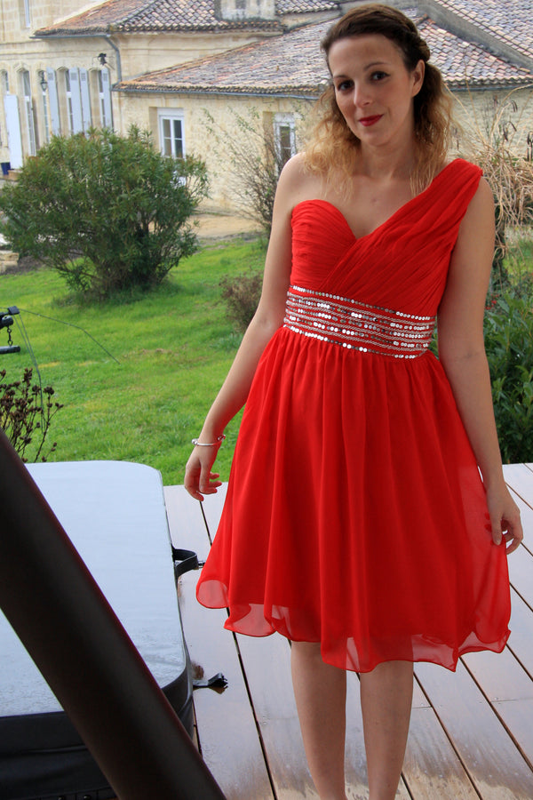 A-line One-shoulder Knee Length Tulle Spaghetti Homecoming Dress