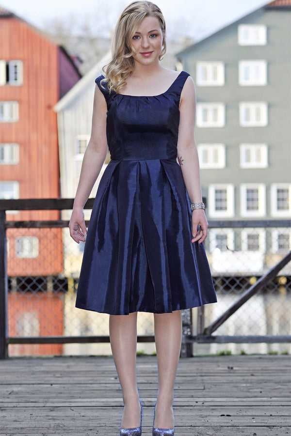 A-line Small Round Collar Knee Length Charmuse Bridesmaid Dress