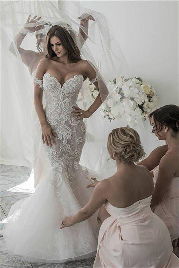 Off the Shoulder Sleeveless Mermaid Tulle Chapel Train Wedding Dresses