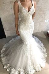 Straps Fit and Flare Beads Appliques Wedding Dresses Sleeveless Tulle Lace Bridal Gowns
