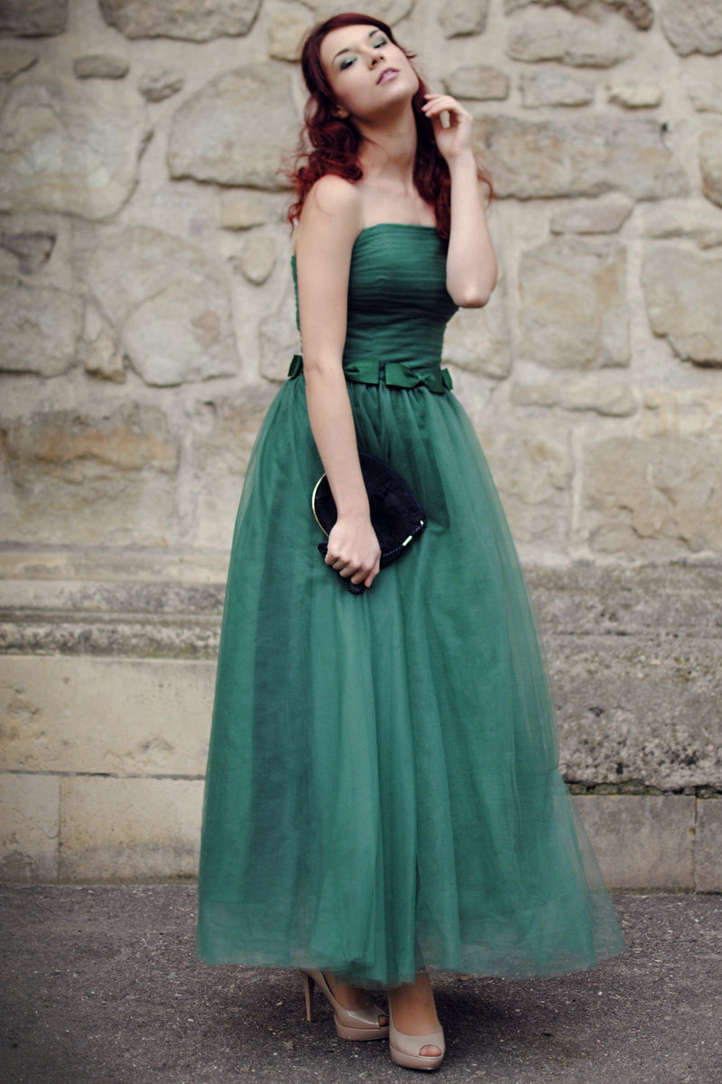 A-line Strapless Floor Length Tulle Bows Backless Prom Dress