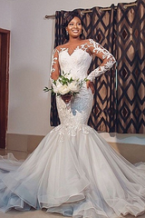 Mermaid Round Collar Long Sleeves Long Train Tulle Applique Wedding Dress