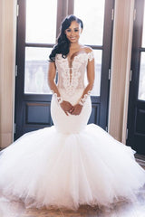 Mermaid Deep V-neck Floor Length Tulle Applique Wedding Dress