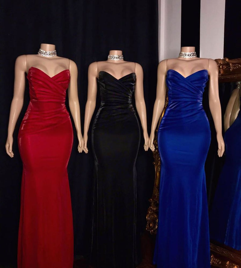Looking for Prom Dresses, Evening Dresses, Real Model Series in Satin,  Column style,  and Gorgeous work? Ballbella has all covered on this elegant Strapless Ruffled V-neck Mermaid Floor Length Prom Dresses.