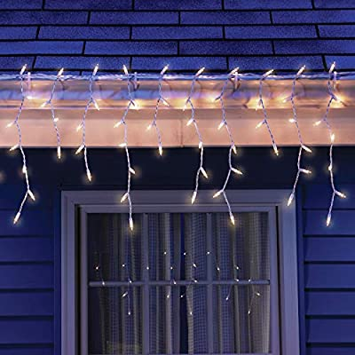 Icicle-Christmas-Lights,-Clear