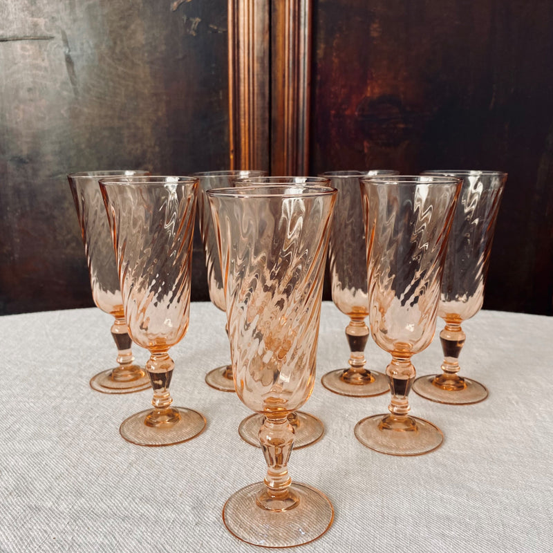 Set of 8 Vintage French Rosaline Salmon Pink Champagne Glasses