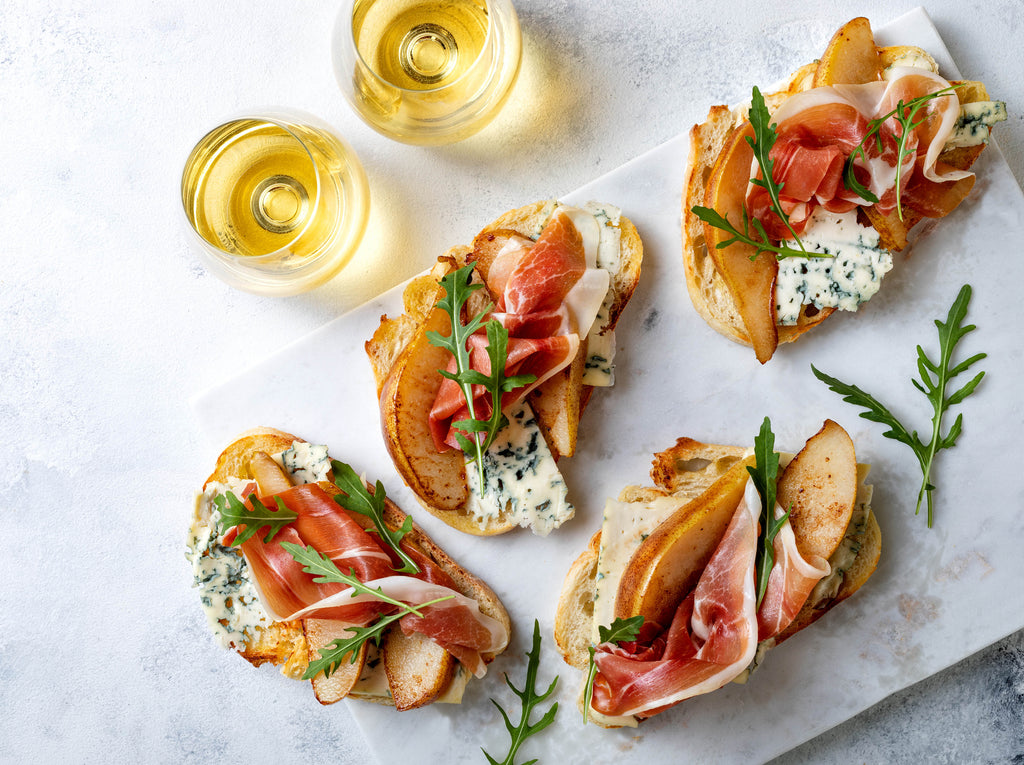5 Mouth-watering Aperitivo to Pair with Your Prosecco
