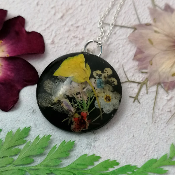 Flower Bunch Necklace