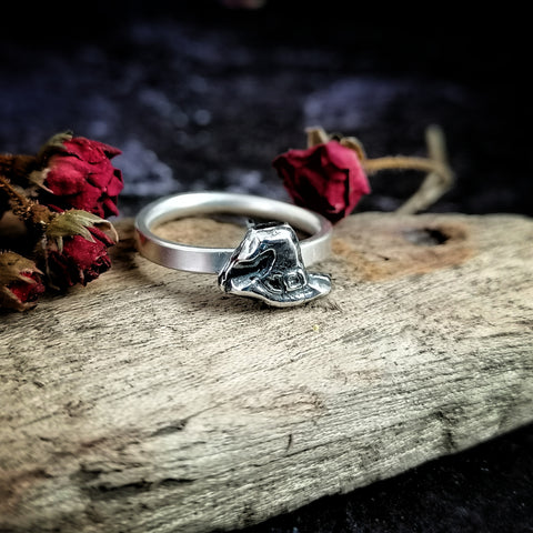 Witches Hat Ring