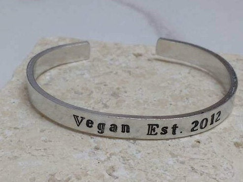 Vegan Established in Bracelet