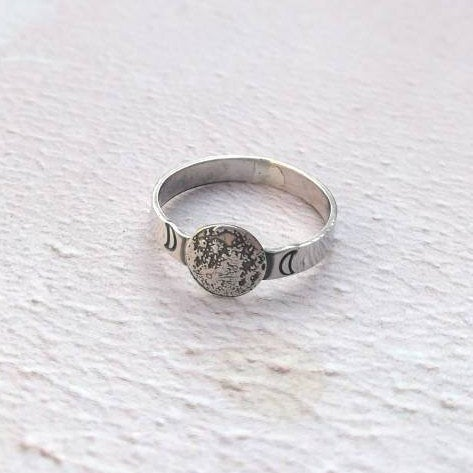 Full moon sterling silver ring