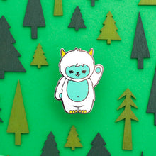 Load image into Gallery viewer, luxcups yeti enamel pin