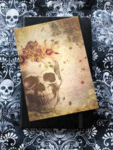 Load image into Gallery viewer, Floral Skull Card