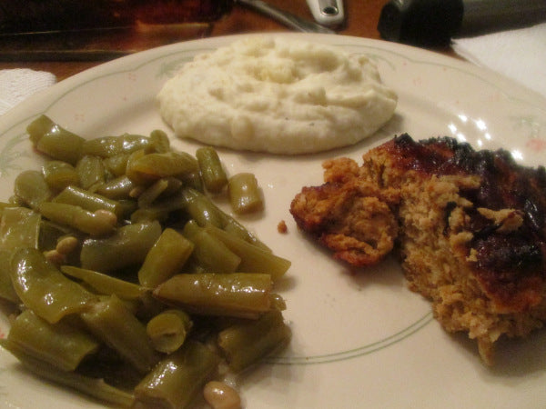 Barbecue Turkey Meatloaf w/ Mashed Potatoes and Green Beans