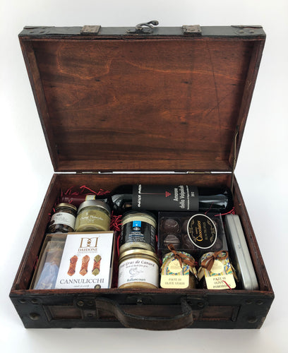 THE CONNOISSEUR SUITCASE