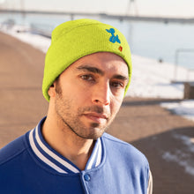 Load image into Gallery viewer, Gummi Flight Logo Knit Beanie