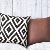 PANDICORN Set of 2 Modern Black and Cream Pillow Covers for Home Décor, Boho Throw Pillow Cases for Couch Sofa, Geometric Diamond Ikat, 18 x18 Inch