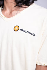 V-NECK TEE - OFF WHITE - magents