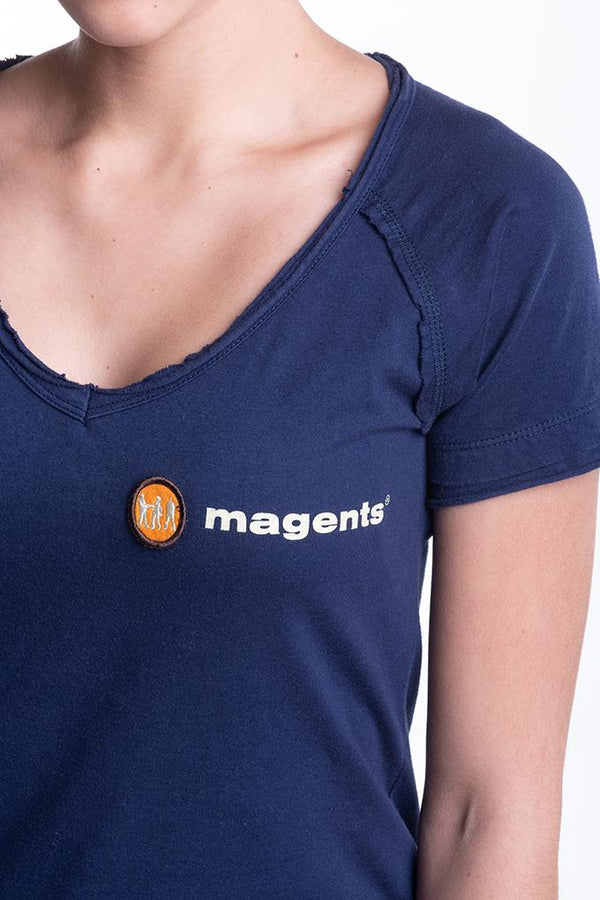 LADIES SIGNATURE TEE IN NAVY - magents