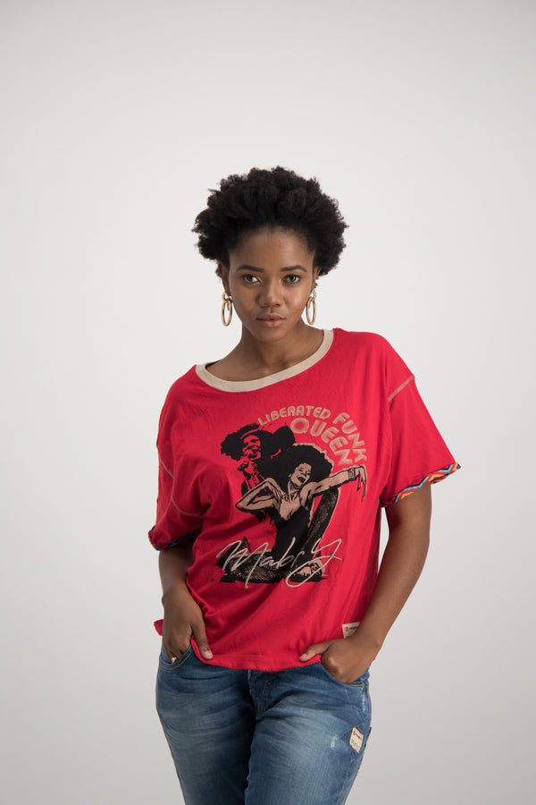 LIBERATED FUNK QUEEN OVERSIZED TEE
