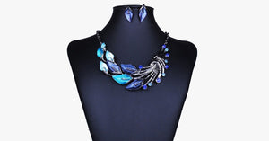 Vintage Peacock Tail Collar Necklace - FREE SHIP DEALS