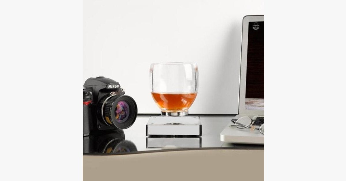 Interesting Smart Levitating Cocktail Glass – Upgrade Your Drinking Game!