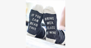 If You Can Read This, Bring Me a Glass of Wine Socks - FREE SHIP DEALS