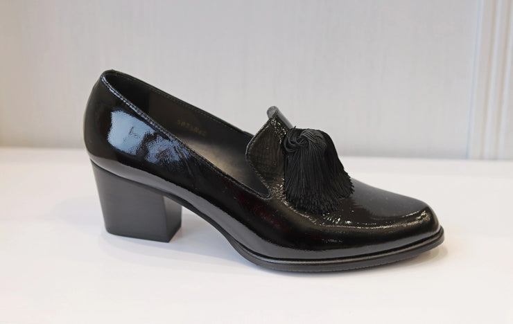 HB, Charol Arrugado, black low heel shoes
