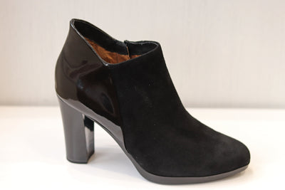 Caprice, Poppy, black patent high heel ankle boot