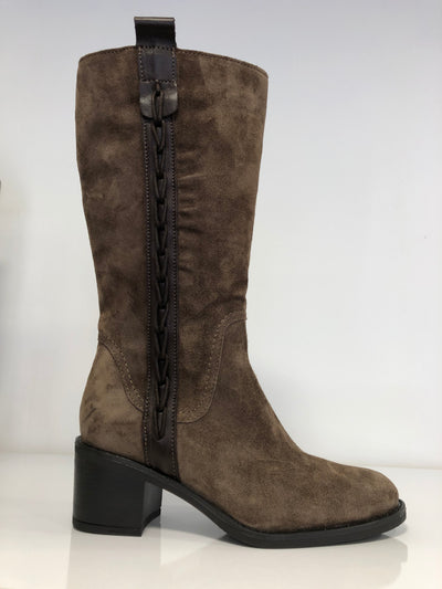 Alpe, brown calf high suede boots