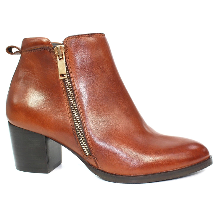Lunar Dubai Brown Ankle Boot | Available at victoriagraceshoecollection.com | In Store 01670 511066 Victoria Grace Shoe Collection | Morpeth | 14 SANDERSONS ARCADE, Morpeth NE61 1NS