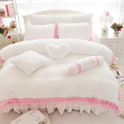 Fleece Fabric Princess Style Bedding Set - HeadlineBedding