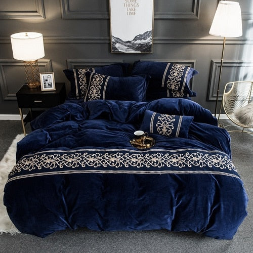 Luxury  Winter Fleece Fabric Lace Embroidery Bedding Set