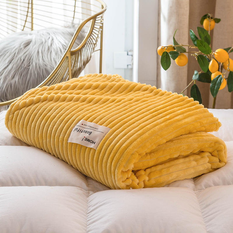 Flannel Blankets for Beds - HeadlineBedding