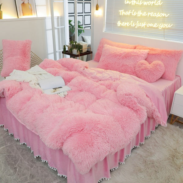 Luxury  Plush Shaggy Warm Fleece Girl Bedding Set - HeadlineBedding