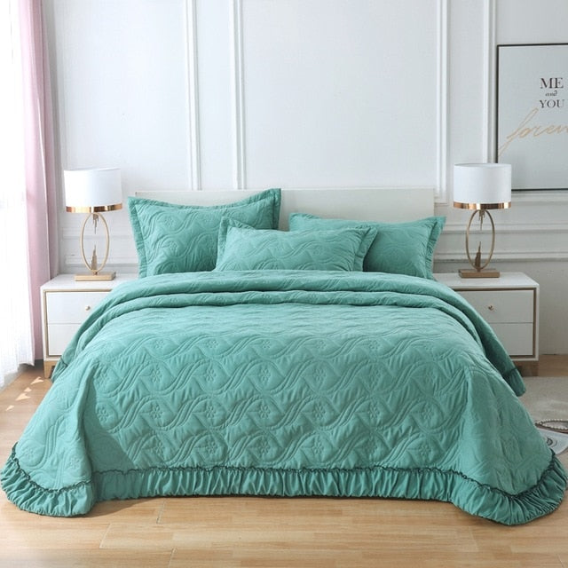 Solid Color Quilted Ruffle Bedspread With Pillowcases - HeadlineBedding