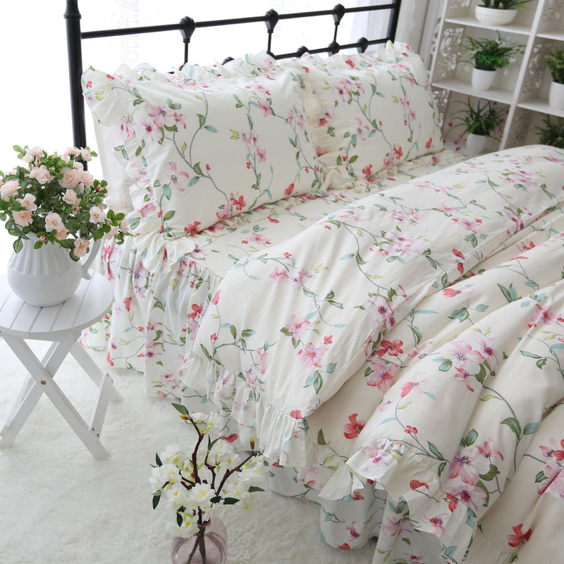 Fresh Floral Garden  Bedding Set - HeadlineBedding