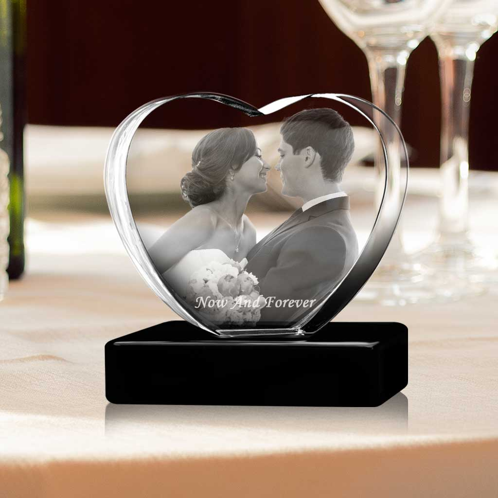 2 faces limited edition. 3D Crystal Heart a personalised Valentine/'s Day gift with your 3D picture