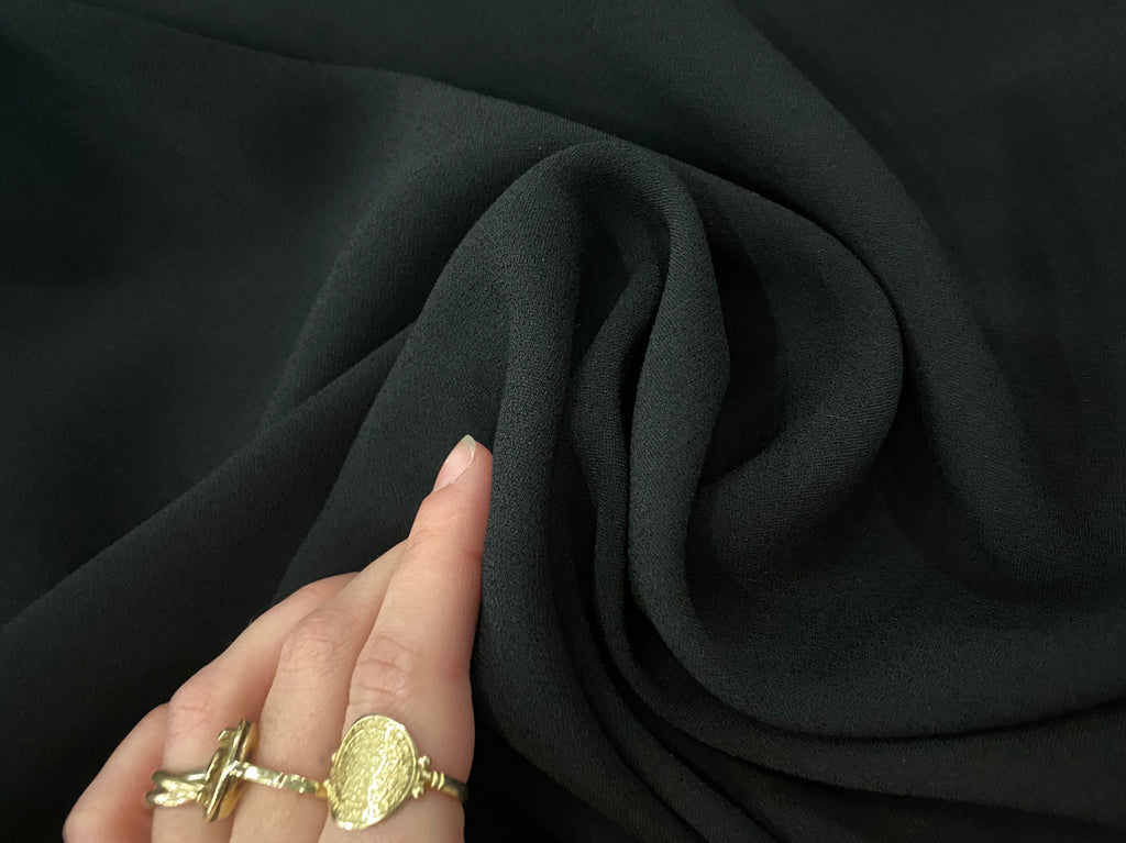 CREPE TO BLACK SATIN -2 METERS