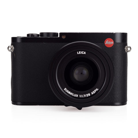 Used Leica Q (Typ 116), Black - 3 Extra Batteries, Case - Recent Leica CLA