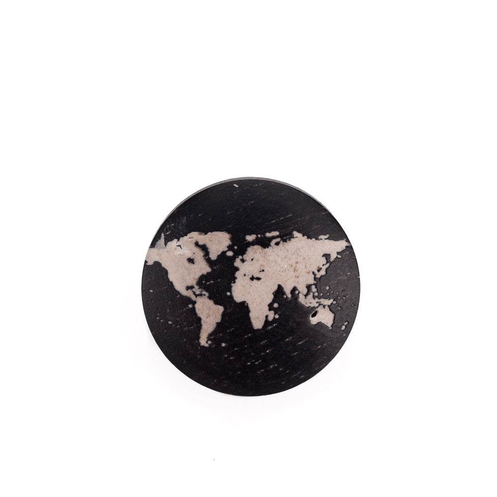 Artisan Obscura Earth (Ebony), Large Convex Soft Release