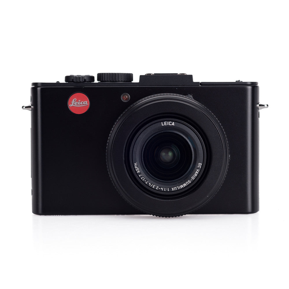 Used Leica D-Lux 6 with Handgrip with Leather Pouch