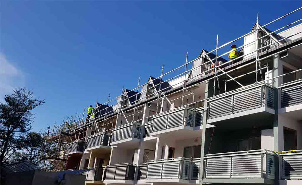 Scaffold For Apartments Repair & Repaint