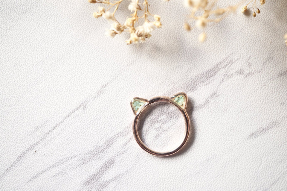 Real Pressed Flowers and Resin Cat Ring in Rose Gold and Mint