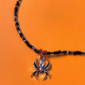 BEADED SPIDER CHOKER