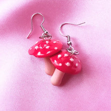 Load image into Gallery viewer, Trippy Shroom Earrings